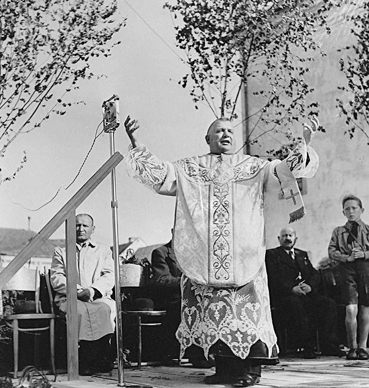 Neznámy autor. Deň Hlinkovej mládeže v Bánovciach nad Bebravou. 1941. Slovenský národný archív, Bratislava – fond STK