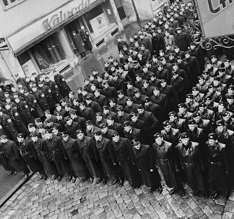 Neznámy autor - Odhalenie pamätnej tabule gardistovi Antonovi Kopalovi v Bratislave, 10. 3.1941., Slovenský národný archív, Bratislava – fond STK