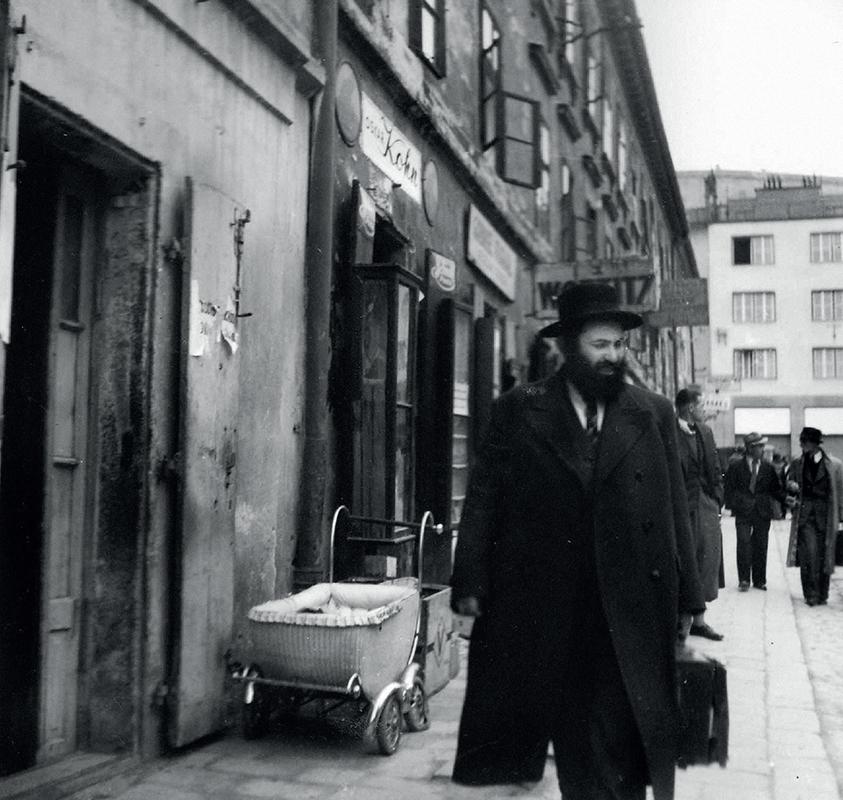 Ladislav Roller - Jewry in Bratislava, 1940, Slovak National Archive, Bratislava - Slovak Press Office