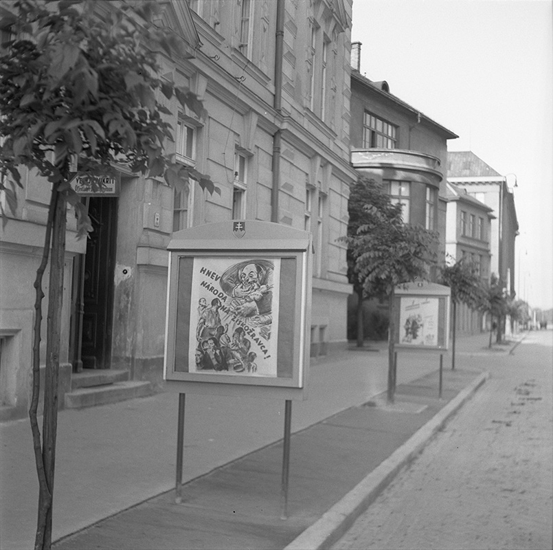 Ladislav Roller - Window Display in front of the Propaganda Office in Bratislava, 1941, Slovak National Archive, Bratislava - Slovak Press Office