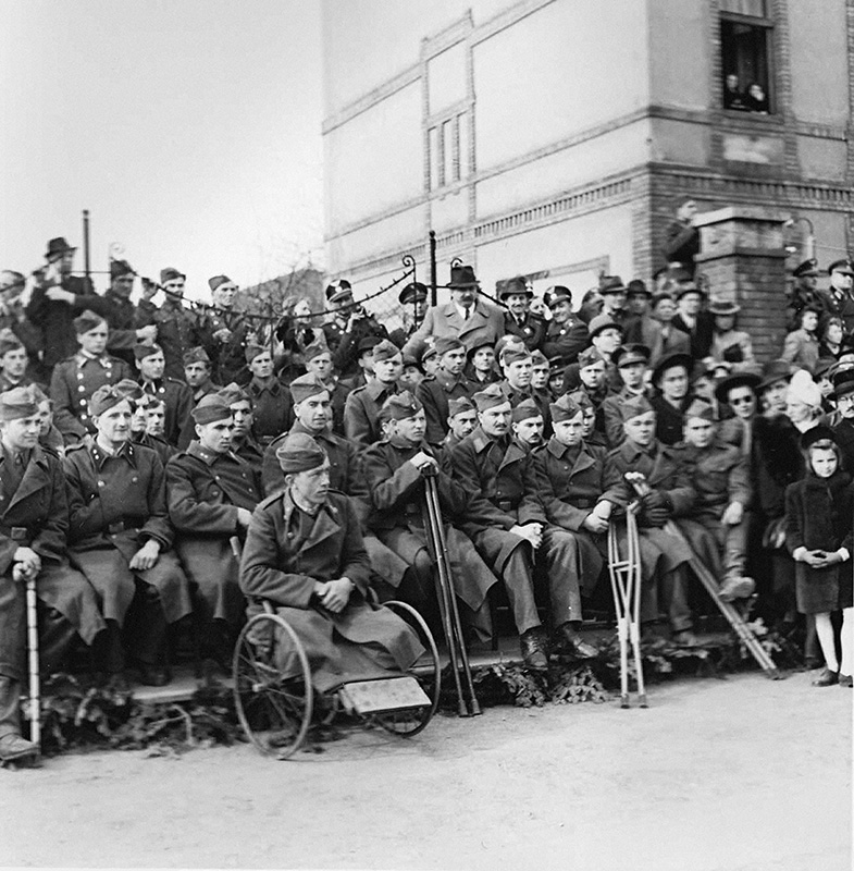 Koloman Cích - Celebrations of the Fourth Anniversary of Slovak Independence - Military Veterans from the Eastern Front, 1943, Slovak National Archive, Bratislava - Slovak Press Office